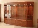витрина-шкаф для дома